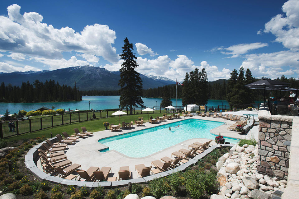 FAIRMONT HOTELS IN CANADA'S WESTERN MOUNTAIN REGION SETS THE STAGE FOR UPCOMING MEETINGS + EVENTS