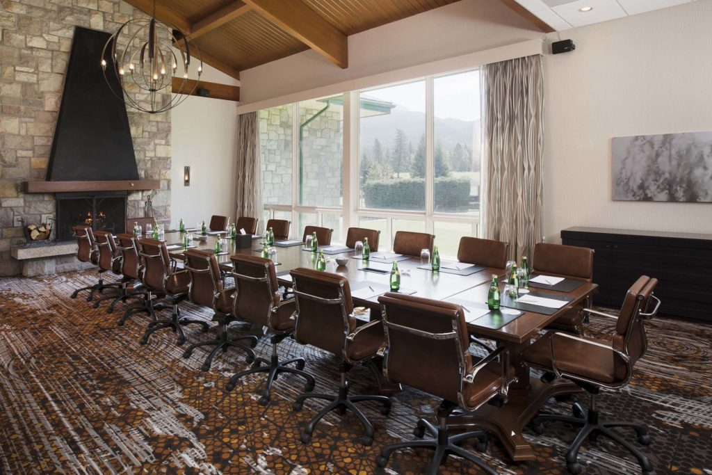 Thompson Boardroom - Meetings and Weddings at Fairmont Jasper Park Lodge