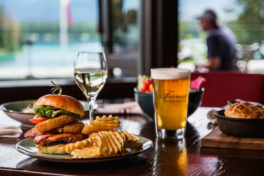 Great-Hall-Gastropub---Burger-and-Beer-jasper-where-to-eat